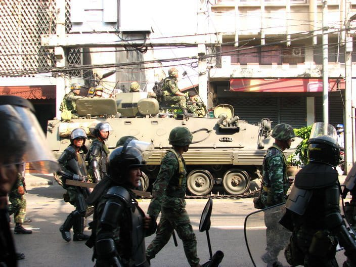 Thailand: Abhisit's Soldiers Protecting the Country from Democracy!