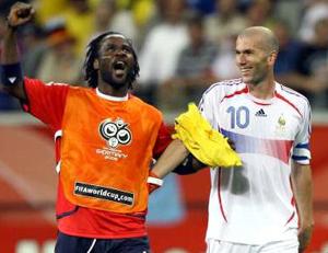 Zizou and Pascal Chimbonda