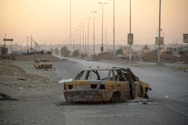 Outskirts of Mosul, Northern Iraq, Western Asia. 17 November, 2016.