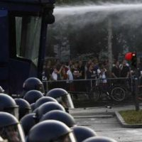 Riot police used water cannons during clashes with protesters against the G20 summit on July 7, 2017 in Hamburg, Germany. (Michele Tantussi/Getty Images)