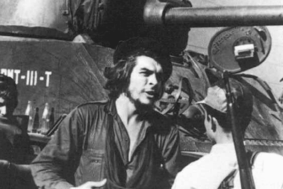 | Che in Command | MR Online