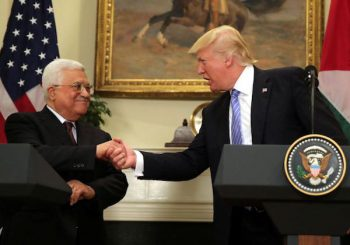 Palestinian President Mahmoud Abbas with President Donald Trump, at the While House. (Photo: Reuters)