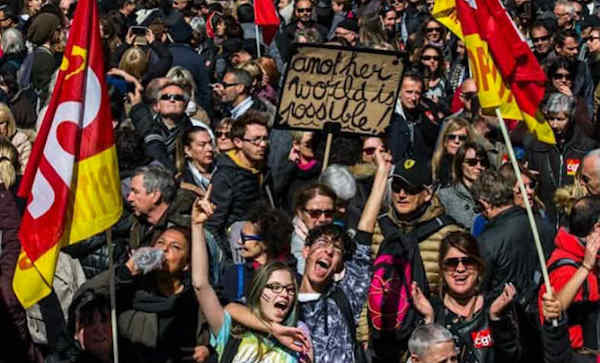 Protest on 22 March in Marseille - bringing together CGT union strikers, students, civil service workers and others against cuts and neoliberal measures in public services. Photo: Twitter/@cgttuifrance.
