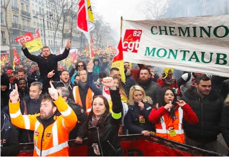 CGT union SNCF rail workers striking and protesting on 22 March. Photo: Twitter/@mafalda1722