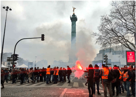 The March 22 protest in Paris over cuts, labour rights and privatisation. Photo: Twitter/@commeunbruit
