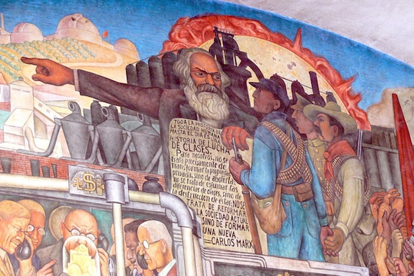 Mural by Diego Rivera showing the history of Mexico, with detail showing Karl Marx, Mexico City, Palacio Nacional. Wolfgang Sauber / Wikimedia