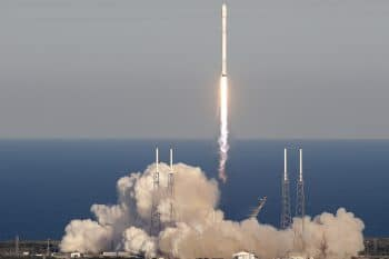 A SpaceX Falcon 9 rocket transporting the Tess satellite lifts off from Launch Complex 40 at the Cape Canaveral Air Force Station in Cape Canaveral, Fla., April 18, 2018.