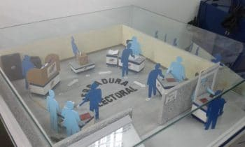 """Depiction of the voting process, called the """"electoral horseshoe"""" in the CNE logistics and production centre in Mariches. See above for a detailed description. Step 5 (indeleble ink) is no longer used since the authentication system prevents multiple voting. (Photo: Ricardo Vaz)"""