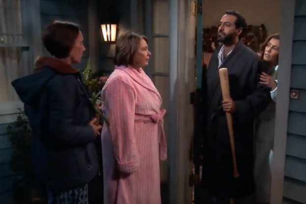 Scene from Roseanne, Season 10, Episode 07