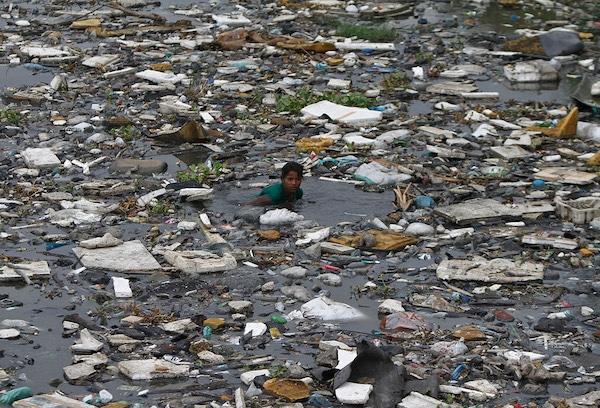 | World Oceans Day 2016 Shocking photos of marine pollution around the planet | MR Online