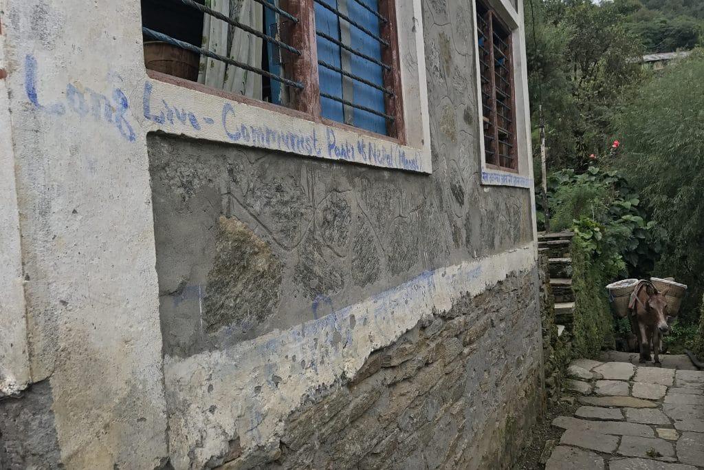   Maoist graffiti   MR Online