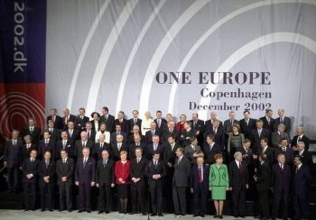E.U. leaders and their counterparts from the candidate countries