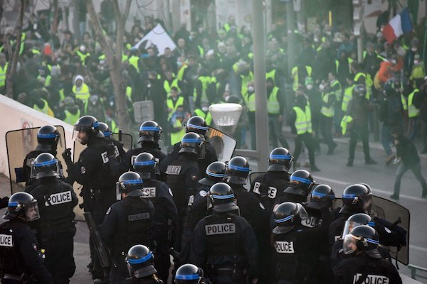 Even as president Macron has declared a national dialogue, huge numbers of police personnel are out on the streets to target the protesters.