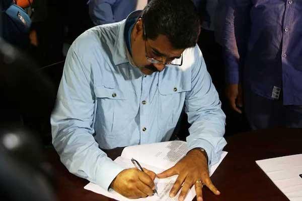 Signatures against Intervention Threats Collected in Venezuela