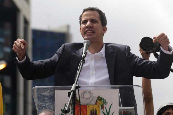 Juan Guaidó declares himself acting president