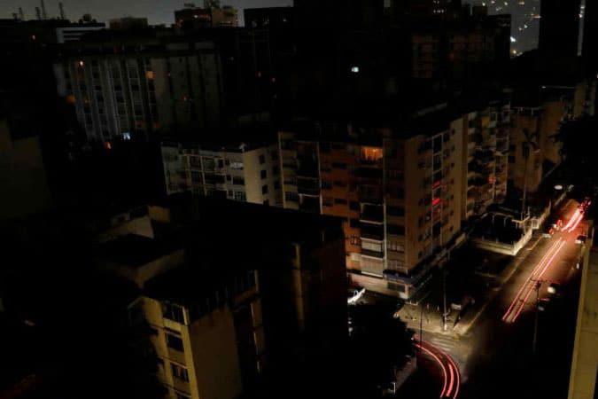 | Blackout in Curacas | MR Online