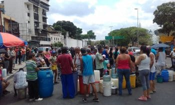 There were scattered protests due to electricity and water shortages in Caracas and other cities. (Twitter)