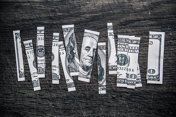 The U.S. dollar worth (Flickr: TaxCredits.net)