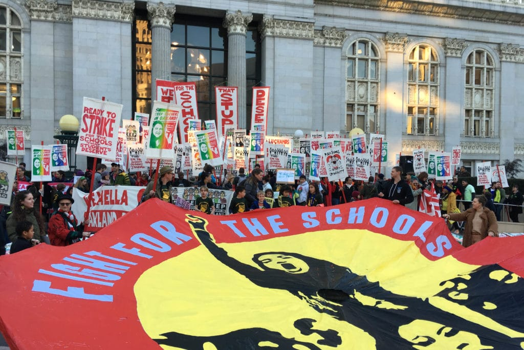   2019 Oakland teachers strike   MR Online