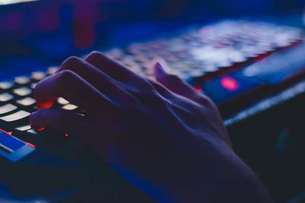 Workers unite online