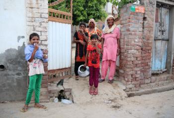 Women and children at Jamalpur Shekhan village, Haryana. July 2018. Photo credits: Celina della Croce