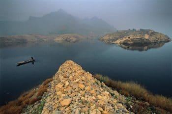Michael Yamashita, Panjiakou Reservoir, Qianxi County, Hebei Province, China, 2018.