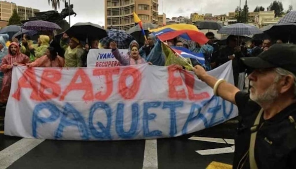 | The people of Ecuador who are protesting against neoliberal austerity measures have received much solidarity from Venezuela Archive | MR Online