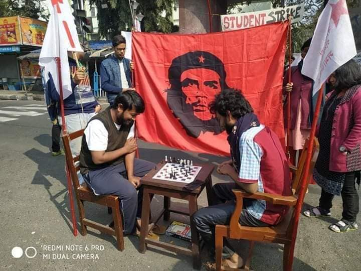 Students from several universities and colleges across the country boycotted classes and organized protest rallies in support of the workers and their demands.