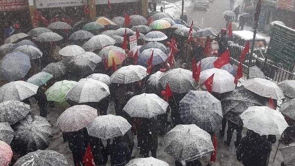 Workers participate in strike in Himachal Pradesh despite heavy snowfall