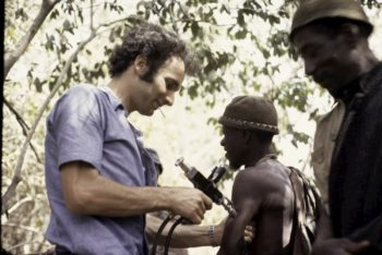 Vaccinations. Roel Coutinho uses a jet injector, Ziguinchor, Senegal 1973.