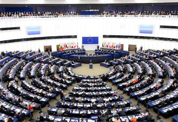 Euractiv Parliament committee gives CETA thumbs down – EURACTIV.com