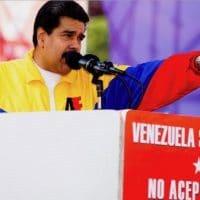 """""""Venezuela must be respected! We don't accept sanctions!"""" Photo: Venezuela Analysis"""