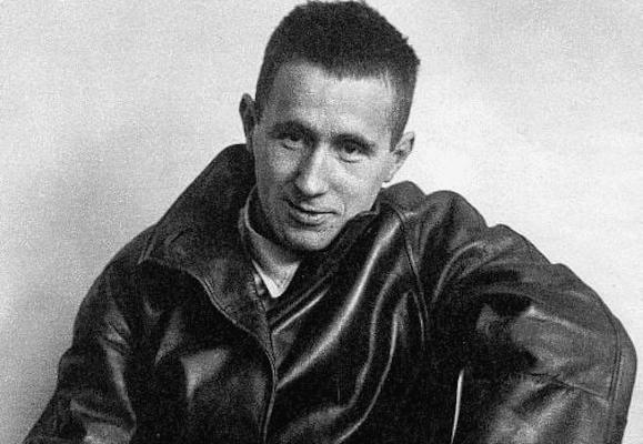 | Bertold Brecht | MR Online