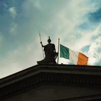 Ireland flag in Dublin (Photo: Wikimedia Commons)