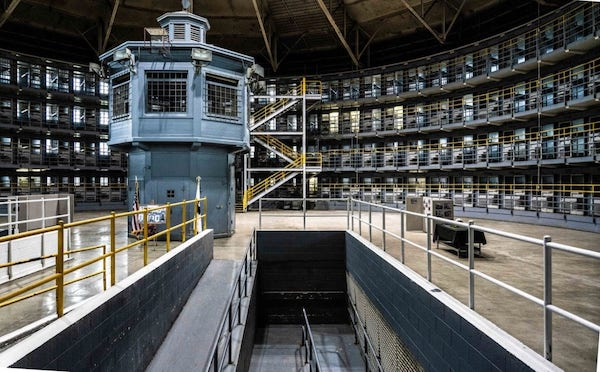 | Stateville prison reopens decrepit FHouse to hold inmates with Covid Injustice Watch | MR Online