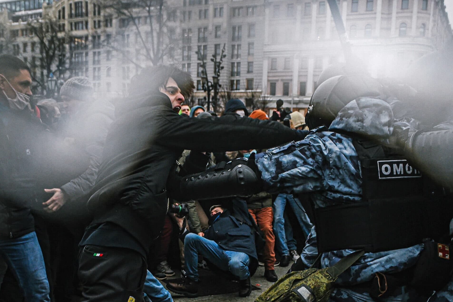   Supporters of detained Russian opposition leader Alexei Navalny clash with riot police officers during an unsanctioned rally in central Moscow on 01232021   MR Online