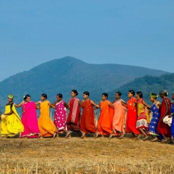| Indian Women Dancing | MR Online
