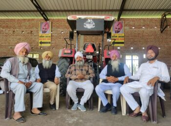 Sirvikramjeet with farmers from Punjab visiting Dibdiba to console the family