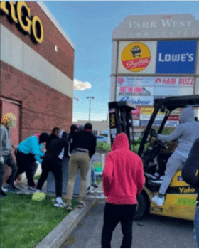 Protesters use forklift to loot washing machine in West Philadelphia during the George Floyd uprising, June 1st, 2020 (private photo)