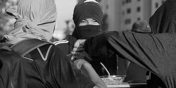   Demonstrators eating communal food at the Plaza Baquedano in 2019 Credit José Venegas CC BYSA 40   MR Online