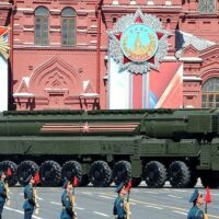 Military parade on Red Square 2016-05-09 (Photo: Wikimedia Commons - The Presidential Press and Information Office)