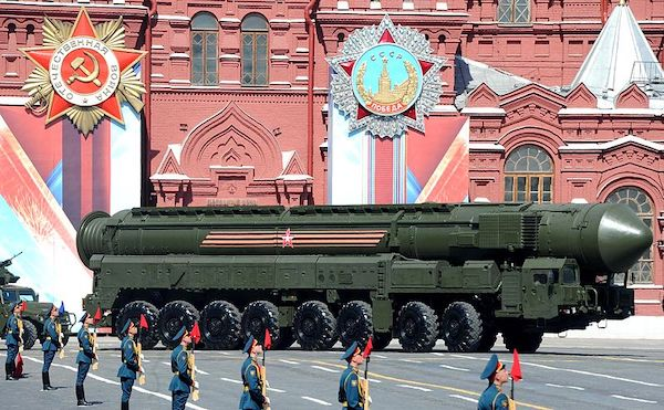 | Military parade on Red Square 20160509 Photo Wikimedia Commons The Presidential Press and Information Office | MR Online