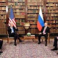 Competence meets in–. Blinken, Nod, Vlad, and Sergei in Geneva. (www.kremlin.ru / Wikimeda Commons.)