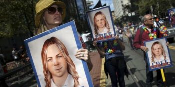 | Protesters support Chelsea Manning Source theinterceptcom | MR Online