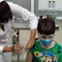 Vaccination of youth in Cuba.